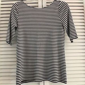 Old Navy Cute Black  and White Striped Top